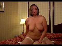 Voluptuous French Escort Anabel Moon