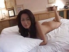 Mature Japanese Cougar 1 Uncenso...