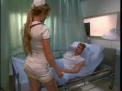 Babe Nurse In Stockings Fuck Patient When Doctor Is O...