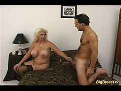 Old Big Titted Milf Seduces Pizza Boy