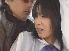 Schoolgirl Fucked In The Bus - Japonaise Prise Dans Le Bus