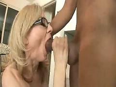 Naughty Housewife Nina... F70