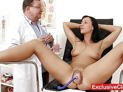 Hot Babe Nikki Pussy Pumped Duri...