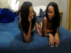 Hot Young Ebony Girlfriends Enjo...