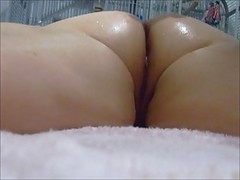 Shy Uk Housewife Gettting A Massage