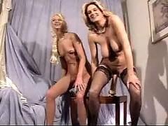 Extremehole.com - Lisa Luv & Samantha Luvcox Assfisting