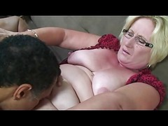 Blonde Granny In Glasses Pussy L...