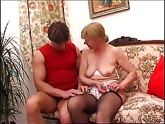 Blonde Mom Get Her Arse Reamed